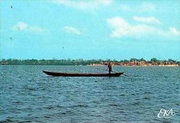 Togoville       H4       Le Lac Togo.Le Passeur - Togo
