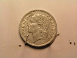 Monnaies - France - Pièce - 5F Lavrillier - 1945 - J. 5 Francs