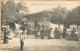 LAMALOU LES BAINS LES HALLES ET LE MARCHE EN PLEIN AIR - Lamalou Les Bains