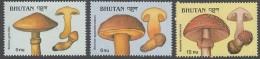 Bhoutan Bhutan1989 Yvertn° 859-61  *** MNH  Cote 7,50 Euro Flore Champignons Paddestoelen Mushrooms - Bhoutan