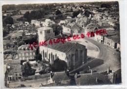 79 - MONCOUTANT - L' EGLISE ET LA PLACE   VUE AERIENNE - Moncoutant