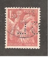 Perforé/perfin/lochung France No 652 CL  Crédit Lyonnais (218) - Francia