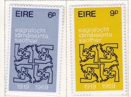 Ireland Scott  273-74 ILO  Mint NH VF  CV $ 1.30 - 1949-... Republic Of Ireland