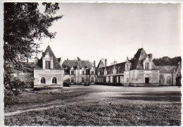 REF 236 : CPSM 41 Tour En Sologne Chateau De Villesavin La Cour D'honneur - France