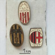 Badge / Pin ZN001107 - Football / Soccer Italy Juventus, Milan, Vicenza - Football