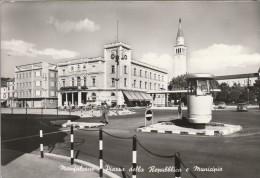 GORIZIA - MONFALCONE - PIAZZA DELLA REPUBBLICA E MUNICIPIO......Z - Gorizia