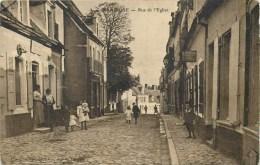 62 - MARQUISE - RUE DE L'EGLISE ANIMEE - VOIR 2 SCANS. - Marquise