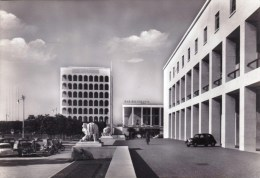 Italie - Roma -  E.U.R. - Piazzale Del Palazzo Degli Uffici - Non Classificati