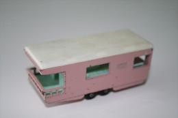Matchbox Lesney 23D3 TRAILER CARAVAN - Regular Wheels, Issued 1960, Scale 1/64 - Matchbox