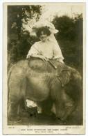 ACTRESS : MISS MARIE STUDHOLME AND JUMBO JUNIOR (ELEPHANT) - ROYAL ITALIAN CIRCUS / POSTMARK - SUNDERLAND - Circus