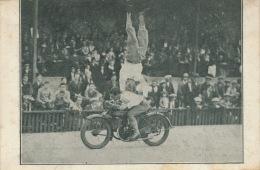 """MOTOS - SPECTACLE - """" THE CELMAR'S """" Sur Bloc Moteur STAUB - Chaînes DARBILLY - Motorbikes"""