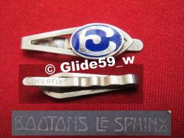 """Ancienne Pince à Cravate En Métal Argenté émaillé Avec Initiale """"E"""" (Superfix) (Boutons Le Sphinx) (années 40/50) - Accessoires"""