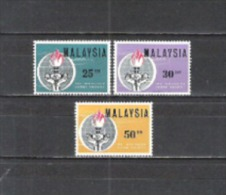 Malaysien Malaysia 1964 Geschichte Persönlichkeiten Eleanor Roosevelt Äskulapstab Freiheit Fackel Hände, Mi. 8-0 ** - Malaysia (1964-...)