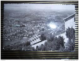 P525 65 LOURDES VUE PRISE DE LA GARE SUPERIEURE DU FUNICULAIRE DU PIC DE JER 1957  2 SCANS - Lourdes