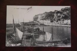 NICE - Entrée Du Port - Transport Maritime - Port