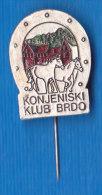 SLOVENIA Pin - Sport  Horse Horses Club KK Brdo - Ohne Zuordnung