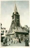 Cpa Photo HONFLEUR 14 Marché Ou Déballage Devant L' Eglise - Honfleur