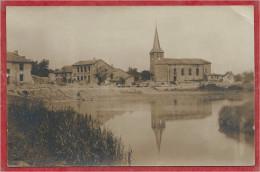 55 - AZANNES - Carte Photo - Village - Eglise - Guerre 14/18 - Zonder Classificatie