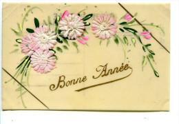 CPA Celluloïde Fleurs  Peinte à La Main  Avec Ajoutis - Postcards