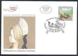 Austria Österreich 1995 Cover: National Costumes; Volksbrauchtum; Wachauer Goldhaube - Disfraces