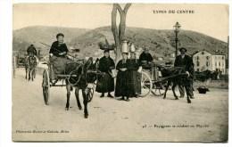 CPA  TYPES DU CENTRE /  Femmes Paysannes Pour Le Marché Avec Attelage D'âne A   VOIR   !!! - Farms