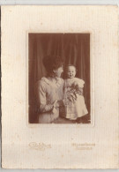 Photo Femme Enfant Nouveau Né Sur Carton PB88 Tananarive  Ramilijaona, 1887-1948  Madagascar - Personnes Anonymes