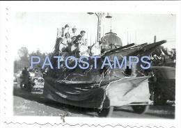 25930 CHILE SANTIAGO FIESTA DE LA PRIMAVERA EN LA QUINTA NORMAL YEAR 1937 8.5 X 6 CM PHOTO NO POSTAL POSTCARD - Vieux Papiers