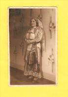 Postcard - Serbia, National Costume   (21357) - Europe