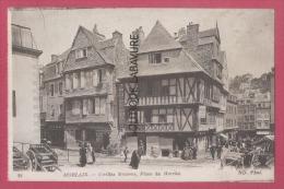 29 - MORLAIX--Vieilles Maisons Place Du Marché--animé - Morlaix