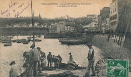 29 - DOUARNENEZ - Finistère - Le Grand Port Et Les Plomarchs - Le Clocher De Ploaré - Douarnenez