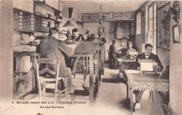 """¤¤  -  9  -  COGNAC  -  Maison """" Henri ROY Et Cie """"  -  Un Des Bureau  -  Machine à Ecrire   -  ¤¤ - Cognac"""