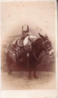 BAD KOSEN Enfant Photographié Sur Le Dos D´un âne Années 1860 Photo CDV Allemagne Par F. WILDE - Alte (vor 1900)