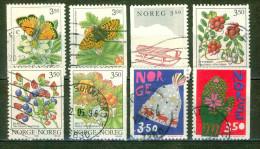 Nature, Faune, Papillons - NORVEGE - Baies Forestières - Jouet: Luge - Bonnet Et Moufles, Noel - 1993 - Norwegen