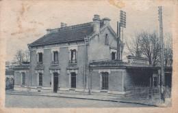 SAVIGNY - Sur - ORGE   ( 91 )  La Gare - Savigny Sur Orge