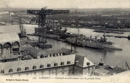 56 LORIENT Cuirassé En Achèvement Sous La Grande Grue - Lorient