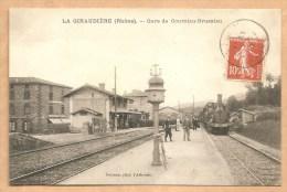 LA GIRAUDIERE (Rhône). -- Gare De Courzieu-Brussieu - Voyagée 1910 - TRAIN - GARE - La Giraudière - France