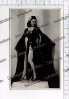 RAGAZZA GIRL PIN UP SEXY - Actor Actres Actress Spettacolo Cinema Canzone Canto - Foto Fotografia Photo - Pin-ups