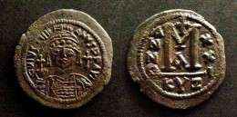BYZANCE - JUSTINIAN I  - FOLLIS - MINT OF CYZICUS  -  JUSTINIEN - BYZANTINE  - CYZIQUE - Byzantines