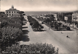 MARINA DI MASSA   Fg   Piazza Betti - Massa