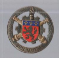INSIGNE  8° BMRG BATAILLON DU MATERIEL DE RESERVE GENERALE , émail - DRAGO PARIS G 1908 - Esercito