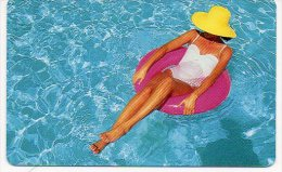 Femme Girl Piscine Chapeau Calendrier Calendar - France