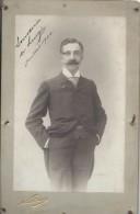 Photographie Montée Sur Carton/Homme Mûr En Pied Et Costume/Dédicacée/Luigi/NADAR/Paris/1900  PHN93 - Fotos Dedicadas