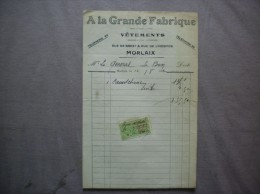 MORLAIX A LA GRANDE FABRIQUE VÊTEMENTS RUE DE BREST & RUE DE L'HOSPICE FACTURE DU 12/8/1922 TIMBRE QUITTANCES - Textile & Vestimentaire