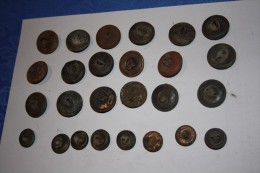 Lot De Boutons Anglais WW1 1916 Somme. - Buttons