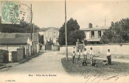 BUC VILLA DE LA SOURCE - Buc
