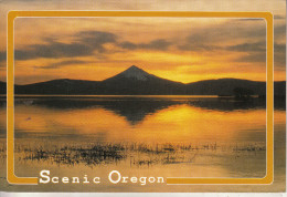 Etats-Unis - OREGON - At Sunset The Glow Fires The Sky In This Beautiful Setting - Non Classés