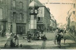 29  DOUARNENEZ  Place De La Croix - Douarnenez