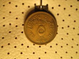 EGYPT 5 Milliemes 1960  # 3 - Egypt