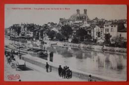 CPA - VERDUN (55) - Vue Générale Sur La Meuse Animée Avec Péniche - Verdun