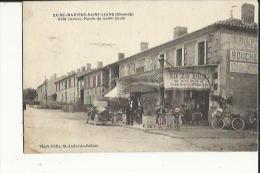 Saint-Mariens-Saint-Izans  33    Route De Saint-Savin _Café  Laveau Avec Terrasse Tres Animée_Boucherie Et Voiture - France